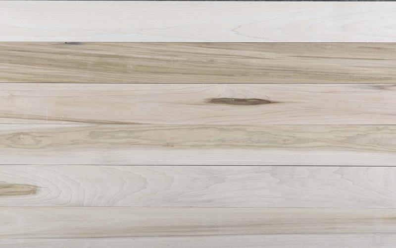 Poplar FAS boards grain